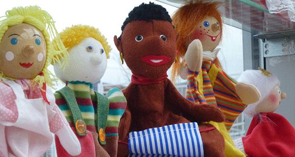 Rollenspiel mit Puppen